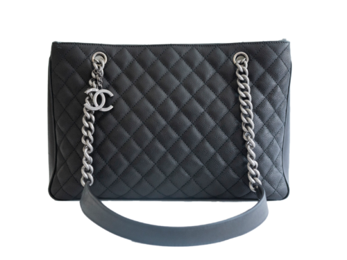 Rent Chanel Handbags